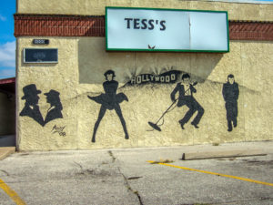 Tess's - 4000 S. Broadway - photo from 2008