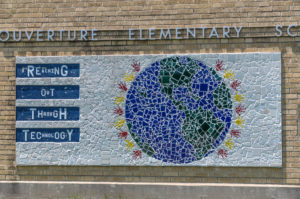 Reaching Out Through Technology - L'Ouverture Elementary School - 1539 N. Ohio 2009
